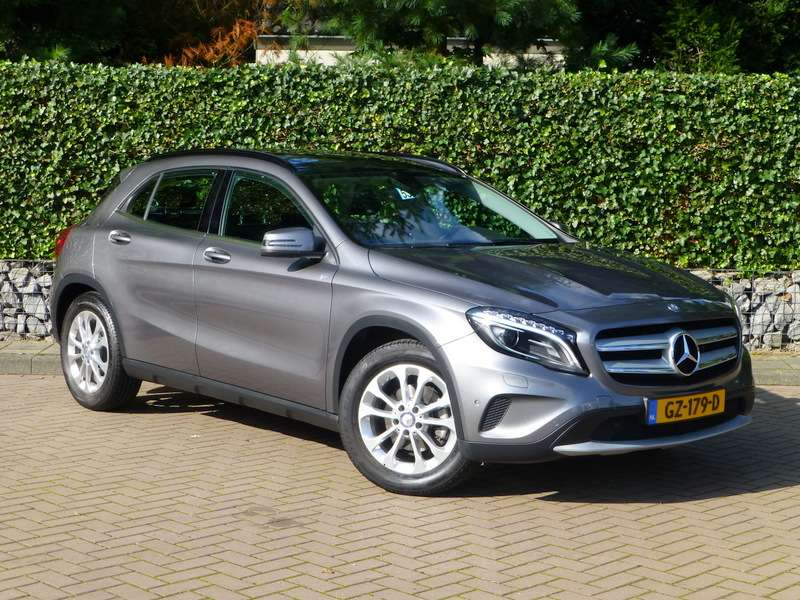 occasions details van een mercedes gla 200 prestige in eindhoven. Black Bedroom Furniture Sets. Home Design Ideas